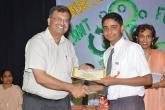 Mr. Arte with prize winner